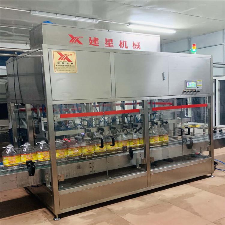 专业出售直线食用灌装机,厂家拥有完善的制造生产工艺流程