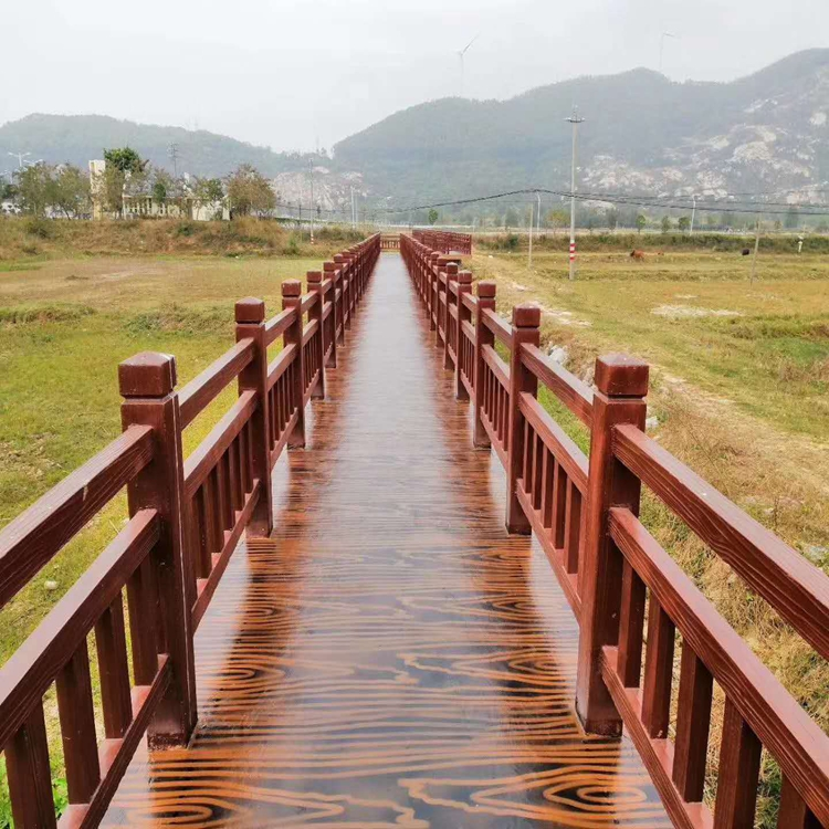 仿木围栏专业定制单位 仿木围栏安装出售厂家