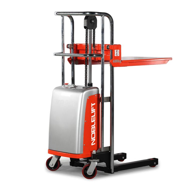 行李车 平台车 操作性强 轻巧灵活,