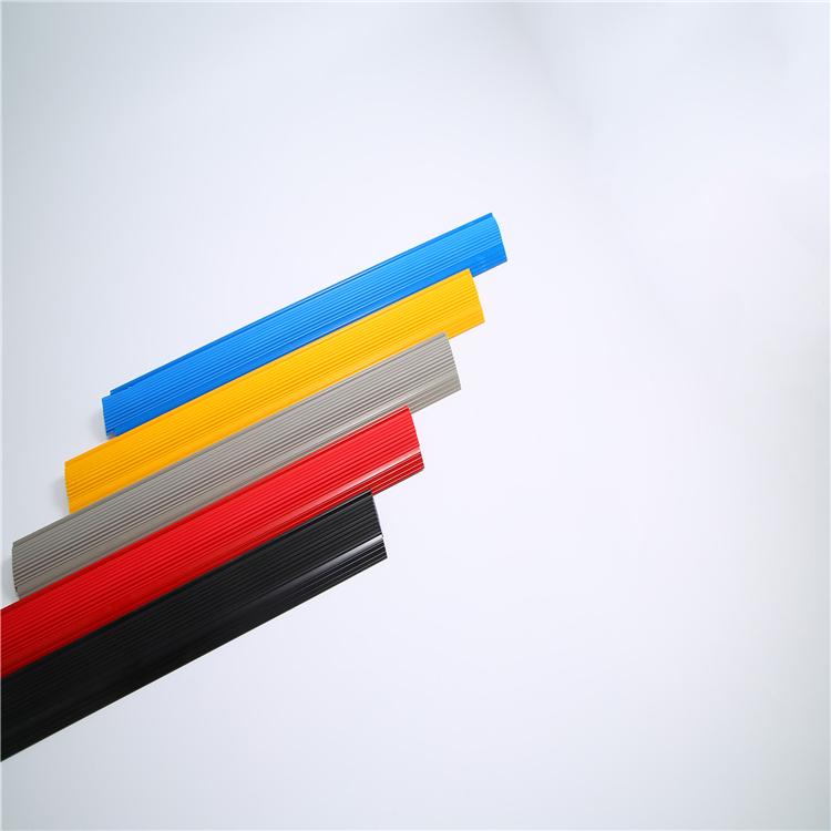 厂家直销优质硬质包角 pvc硬质楼梯包角 优质出售单位 源为义